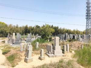 長坂寺・長池墓地(明石市魚住町)のお墓の写真